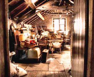 Debarrasse-recupere-objets-divers-meubles-vetements.16467505-76697836